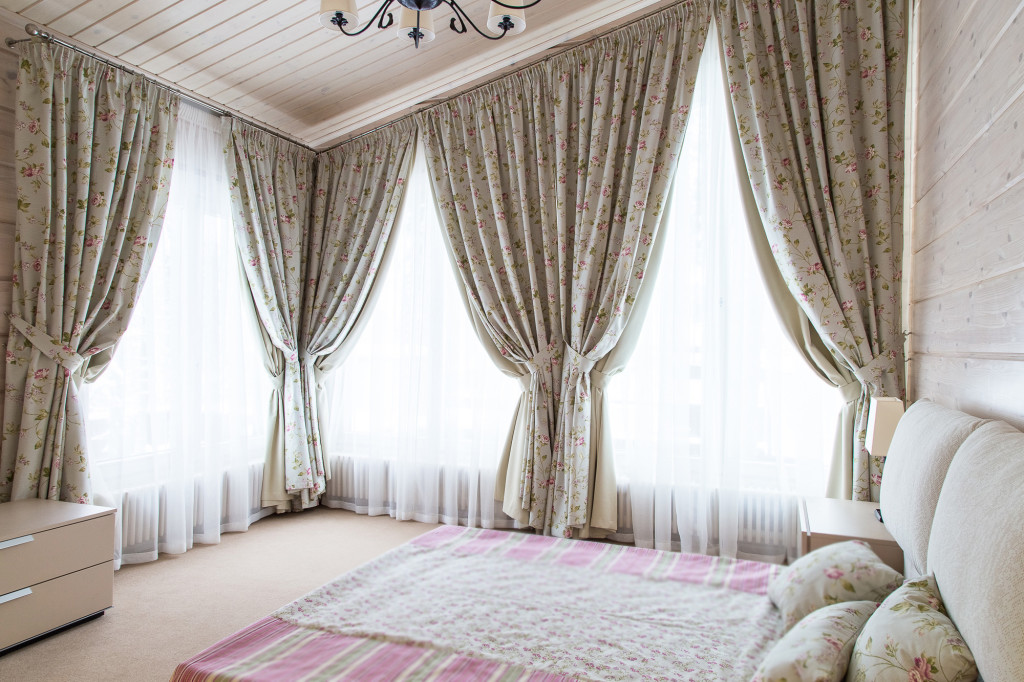 1.10а шторы в спальню