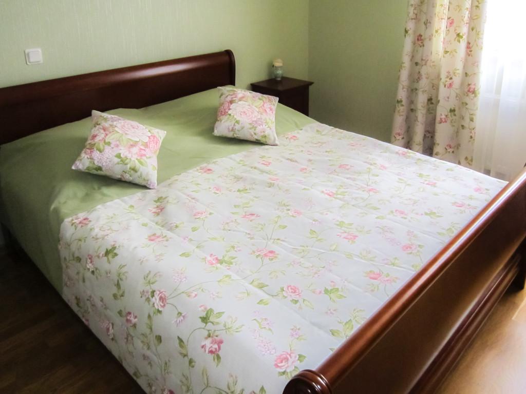 1.53 Покрывало на кровать в спальню