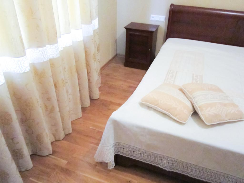1.61 шторы в спальню. эко-стиль